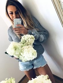 Piękny sweter z pomponami &...