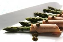 Szparagi na parze z bazylio...
