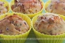 Muffiny  orzechowe z żurawiną
