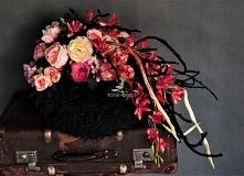 Dekoracja na grób z różowym...