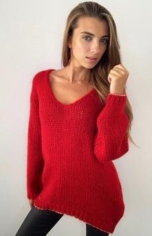 SUE Lekki oversizowy sweter...