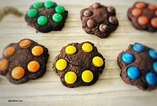Ciasteczka czekoladowe z M&...