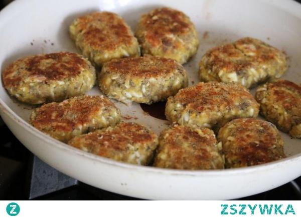 Pyszne Kotlety Jajeczne z pieczarkami idealne do obiadu lub bezmięsnych hamburgerów