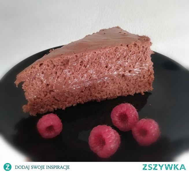 Ciasto genueńskie, wygląda i smakuje przeeepyysssznie :)