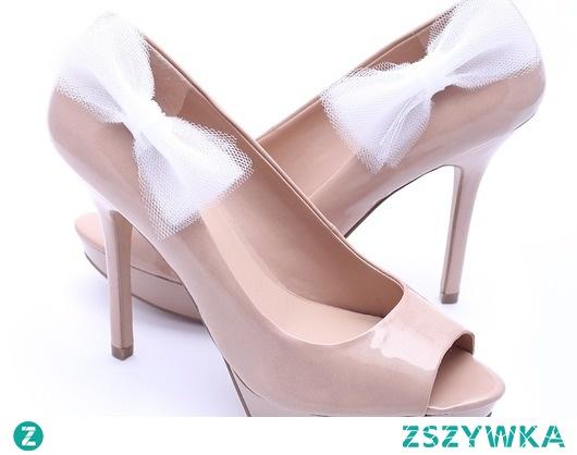 klipsy do butów białe tiulowe duże kokardy