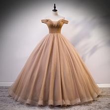 Piękne Złote Sukienki Na Ba...