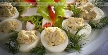 Świąteczne jajka faszerowan...