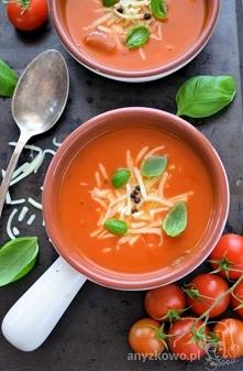 Kremowa zupa pomidorowa z m...