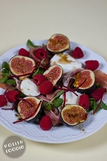 Fig, raspberry and prosciutto salad