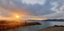 Port Grimaud o wschodzie słońca