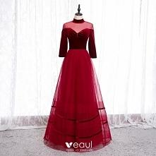 Eleganckie Czerwone Sukienk...