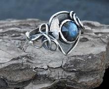 Pierścionek srebrny z labra...