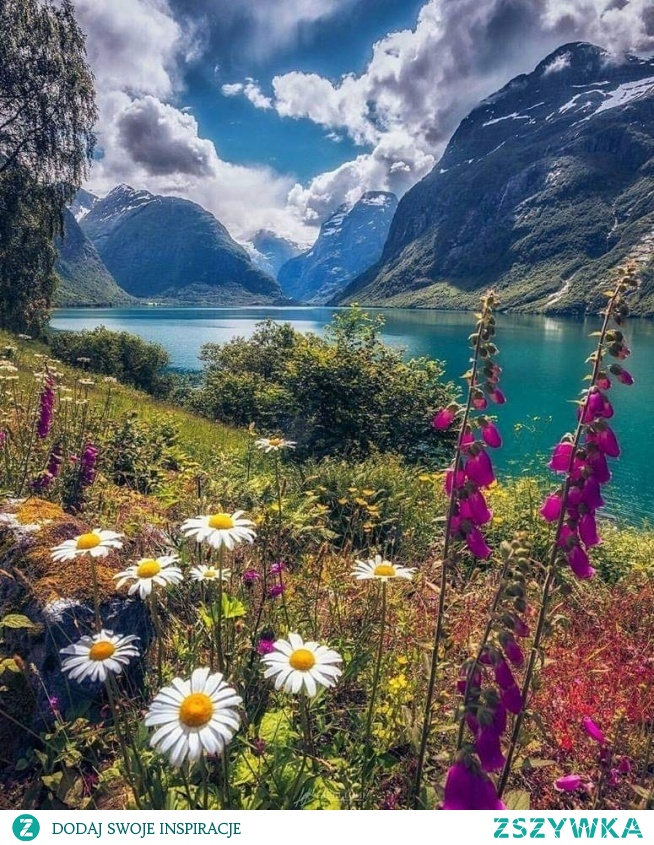 Lovatnet, Norwegia