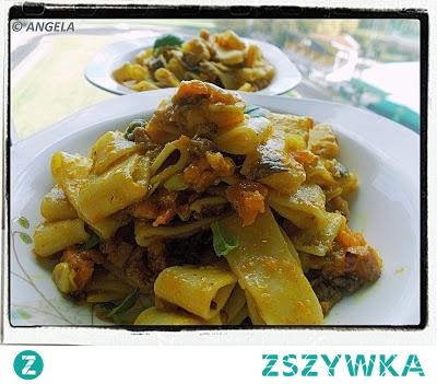 "Makaron typu ""calamari"" z pieczoną dynią - Baked Pumpkin Pasta Recipe - Paccheri con zucca e speck"