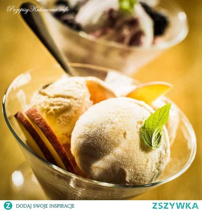 Morelowe lody na jogurcie