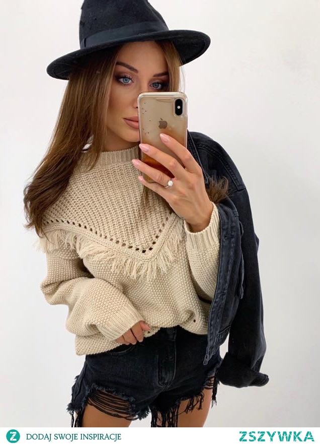 Uwielbiam ten sweterek *.*