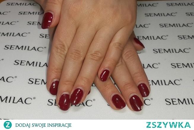 Postanowiłam, że od teraz będę również dodawać zdjęcia paznokci, które ładnie się trzymały :) Neonail Ripe Cherry