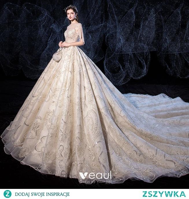 Luksusowe Szampan Suknie Ślubne 2020 Princessa Wycięciem Wykonany Ręcznie Frezowanie Perła Cekiny Z Koronki Kwiat Kótkie Rękawy Bez Pleców Trenem Królewski