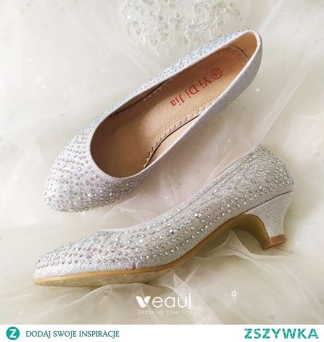 Piękne Srebrny Buty Ślubne 2020 Rhinestone 3 cm Niski Obcas Szpiczaste Ślub Czółenka