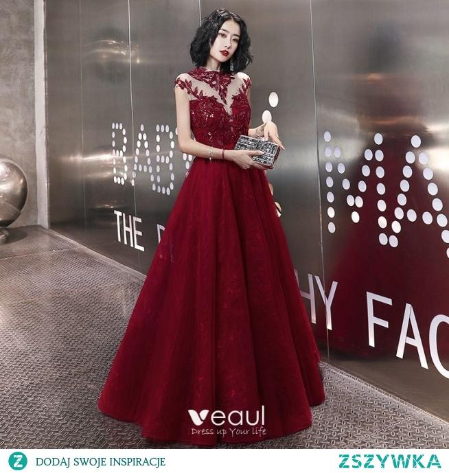 Eleganckie Burgund Sukienki Wieczorowe 2020 Princessa Frezowanie Rhinestone Cekiny Z Koronki Kwiat Wysokiej Szyi Bez Rękawów Bez Pleców Długie Sukienki Wizytowe