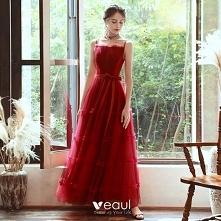 Niedrogie Czerwone Sukienki...