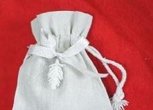 Świąteczne woreczki na upominki, delikatne i z gustem :)