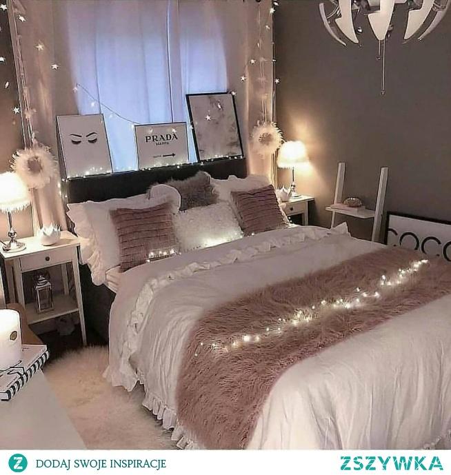 Girly room <3