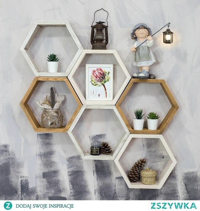 dekoracyjne półki z litego drewna w kształcie plastra miodu azuko.pl