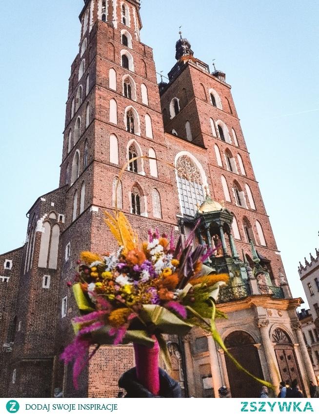 Kościół Mariacki w Krakowie. Pięknie jak zawsze . Instagram => @nieidentyczna