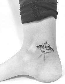 Tatuaż - Statek kosmiczny