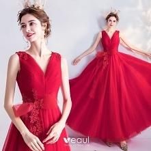 Piękne Czerwone Sukienki Na...