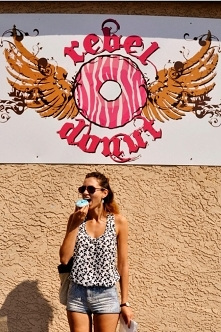 Rebel Donut w Albuquerque