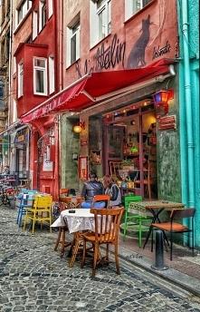 Uliczka w Stambule, Turcja ❤️