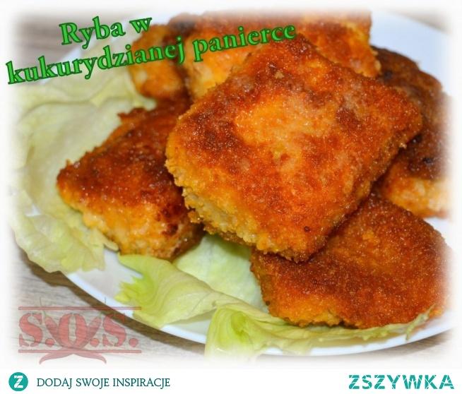 Ryba smażona w panierce z płatów kukurydzianych:  - prosta w przygotowaniu, - bardzo chrupiąca, - apetycznie złocista, - bez glutenu, - świetna na kolację, obiad lub wigilijny stół.