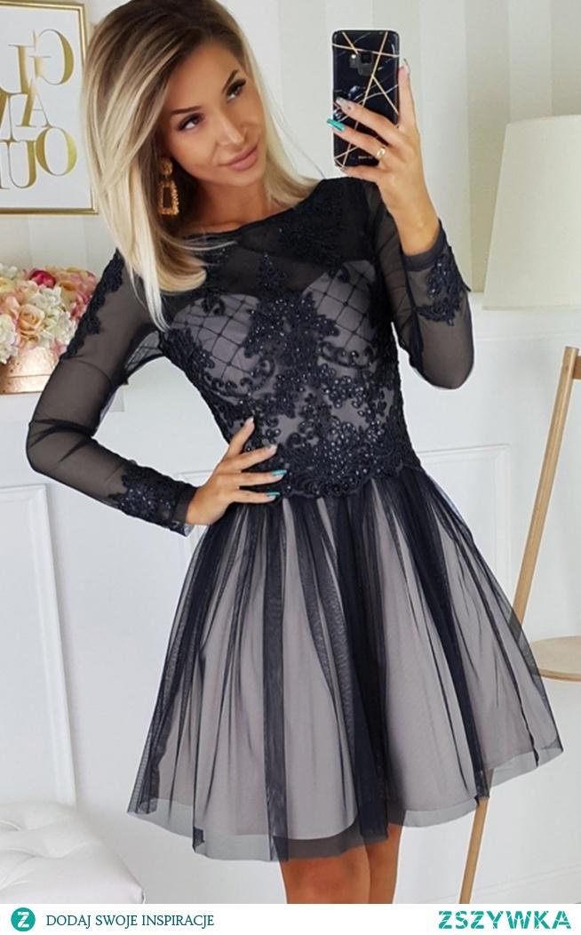 Bicotone Czarna sukienka z tiulową spódnicą 2194-16