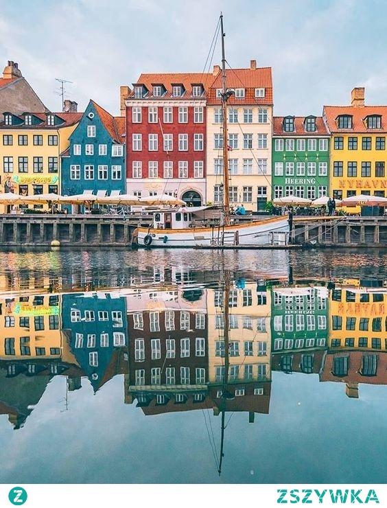 Kolorowe domki w Danii