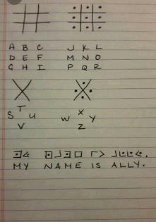 W dzieciństwie uwielbiałam kodować i wymyślałam swój język. Teraz ostatnio w internecie znalazłam to.