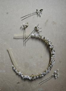 opaska z kryształkami w odc...