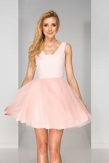 Berry sukienki powstały z m...