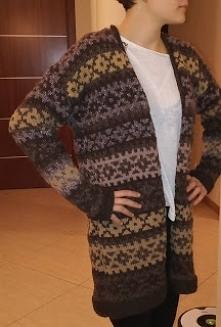 sweter na drutach z resztek...