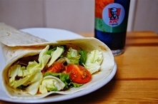 tortilla z kurczakiem a'la KFC