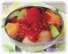 Sałatka owocowa z malinowym...