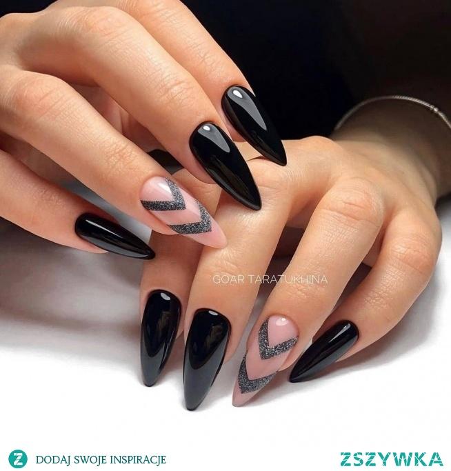 Czarne paznokcie to nie tylko elegancja ale i klasyka sama w sobie!