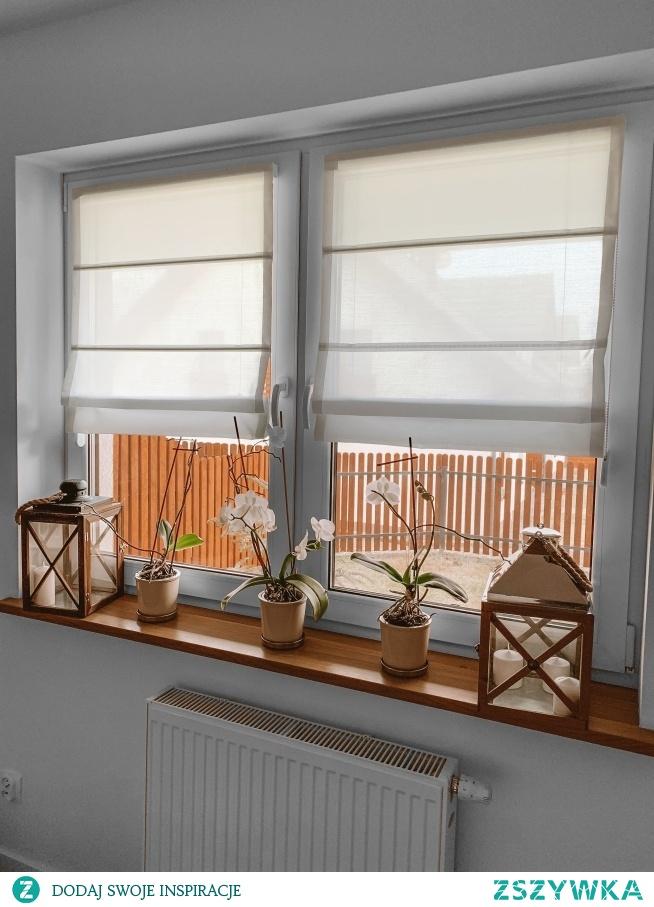 Rolety rzymskie montowane na ramę okna - zdjęcie dostaliśmy od naszej klientki, Pani Justyny :)  Jeśli szukasz pięknych i wysokiej jakości rolet rzymskich, zajrzyj do NASZE DOMOWE PIELESZE