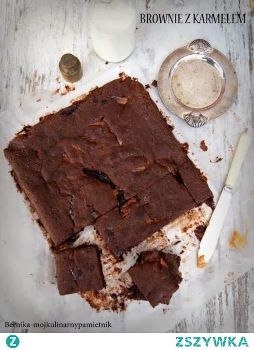 Brownie z masą krówkową