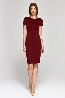 Elegancka taliowana sukienka