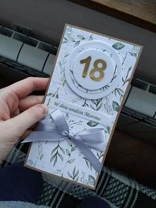 Własnoręcznie robiona kartka na 18-stke. Co sądzicie?