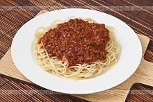 Spaghetti z mięsem i pomido...
