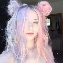girl with pastel hair