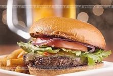 Hamburger wieprzowy z ostry...